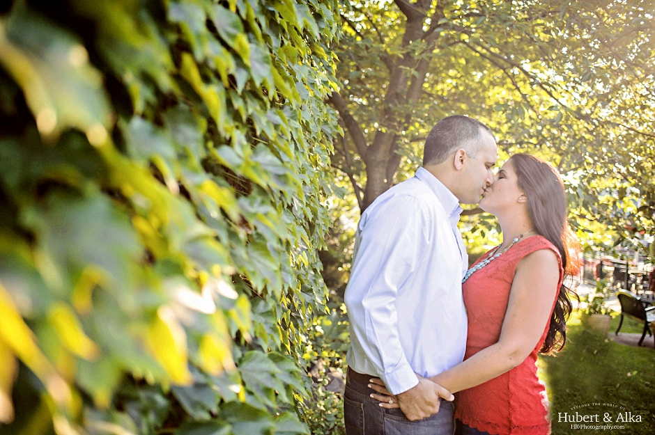 beautiful CT green ivy engagement photography