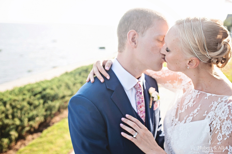 A Sophisticated Late Summer Wedding by the Connecticut Shoreline