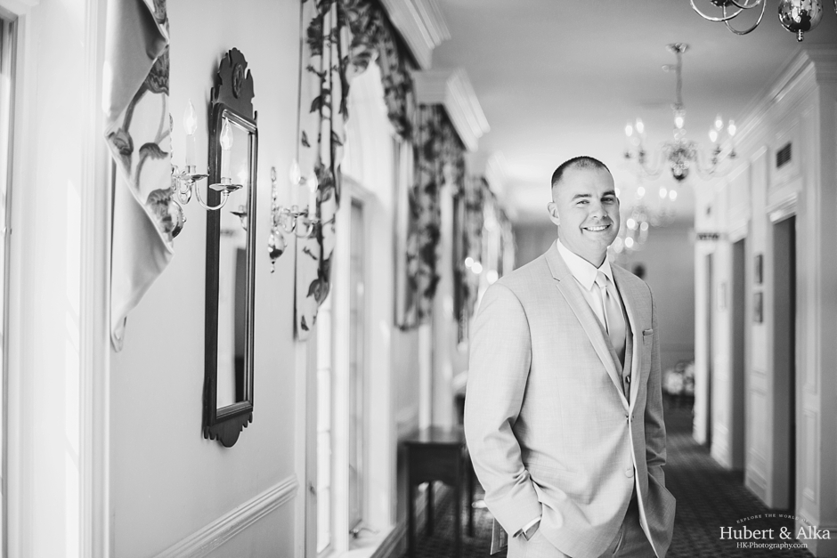 The Riverview ct wedding photos with Hubert and Alka