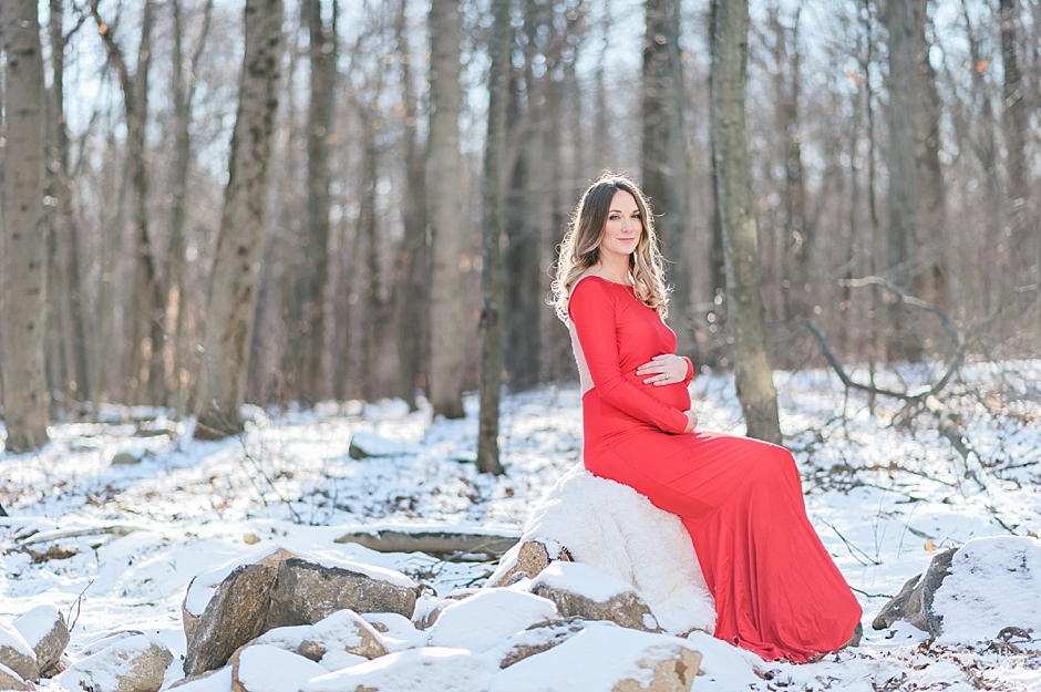 winter maternity shoot ct snow red dress