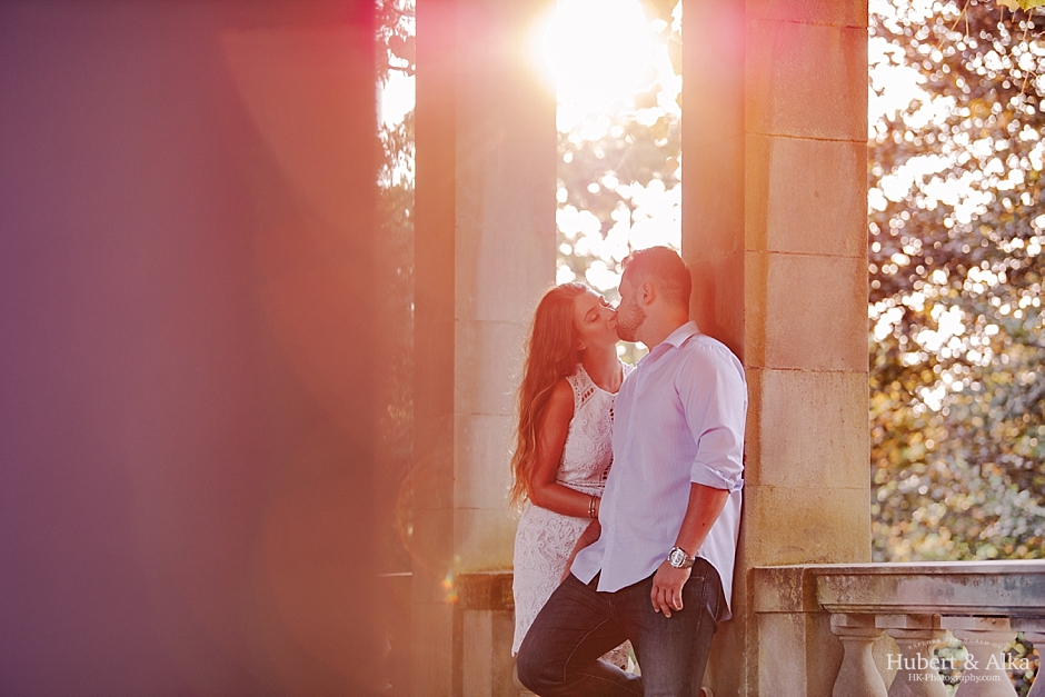Eolia Mansion at Harkness Memorial State Park Engagement Photos