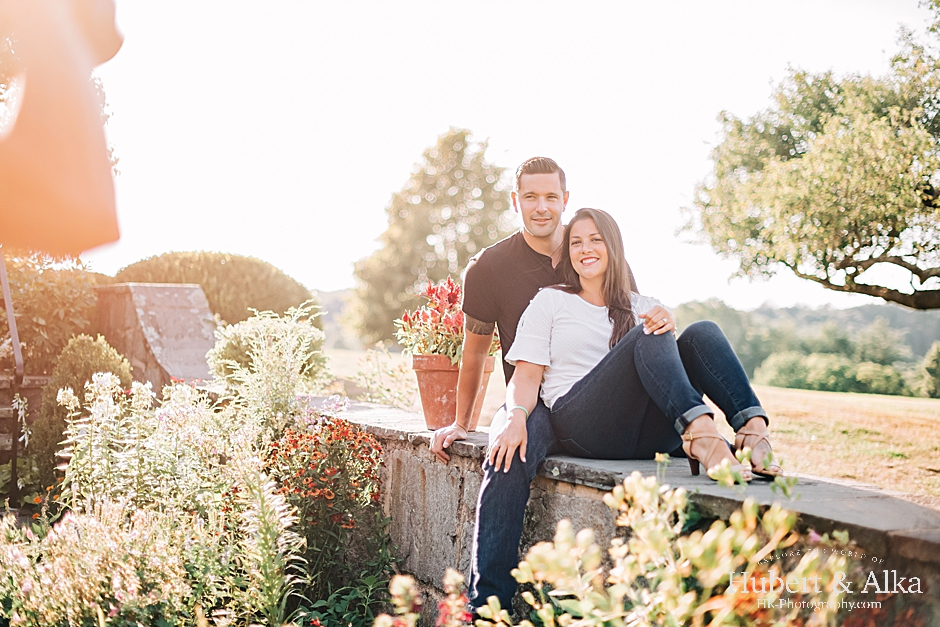 Connecticut engagement photos at Topsmead